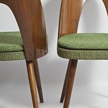 Krzesła projektu A. Sumana,...