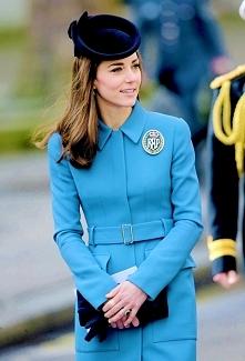 księżna Cambridge podczas odwiedzin u kadetów RAF