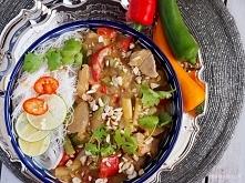Polędwiczka w tajskim sosie z fasolką