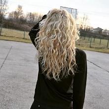 włosy!