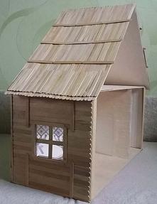 Domek dla lalek z patyczków