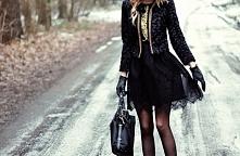 Czarna stylizacja z domieszka złota :)