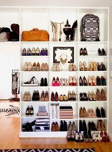 Zobacz jak urządzić piękną, wygodną garderobę w swoim domu - nowy wpis na blo...