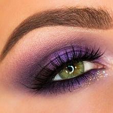 Makijaże z fioletowym cieniem > doskonale podkreślą oczy zielone, brązowe,...