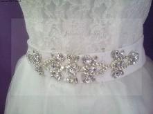 pas do sukni ślubnej zdobiony diamenty cyrkonie błyskotki :-)