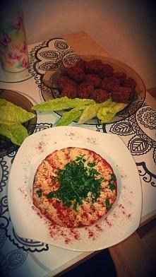 hummus i falafele