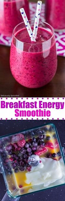 Smoothie energetyczne- mega proste- mega smaczne! Składniki: 2 kubeczki jagód...
