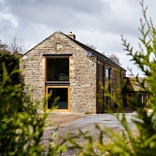 Zobacz niezwykłą realizację i przebudowę starej stodoły zamienionej na dom je...