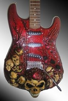 12 gitar, które będziesz chcieć, nawet jeśli nie potrafisz grać! WIĘCEJ PO KLIKNIECIU W OBRAZEK.
