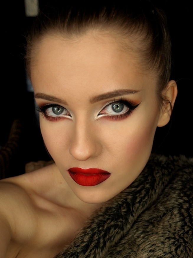 Glam Hollywood red-mylips.blogspot.com