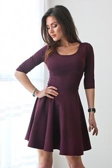 Rozkloszowana elegancka sukienka - śliwkowa