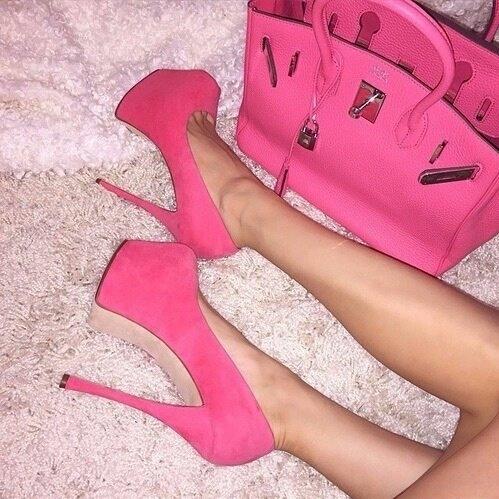 piękne, różowe szpilki