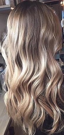 piękne długie,zadbane włosy marzenie ;C