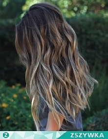 Jak wykonać takie fale na włosach?