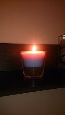 świeczka z kredek świecowych