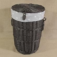 Wiklinowy kosz pomalowany na kolor wenge z wkładem z materiału to ekologiczna propozycja kosz na pranie. Kosz wykonany z polskiej wikliny.