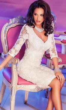 Biała korokowa sukienka midi