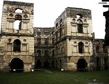 W zamku Krzyżtopór w miejscowości Ujazd zachowało się ok. 90% murów zamku. Mi...