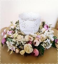 Wianek z drobnych kwiatów   #wianek #wianeklublin #dekoracjelublin #pudrowyw...
