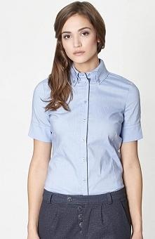 Click Fashion Layla koszula błękitna Niebieska taliowana koszula, ozdobny har...