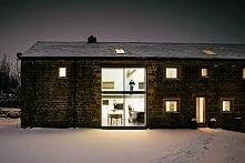 Niezwykle inspirująca przebudowa stodoły - zobacz ile trudu, chęci i pieniędz...