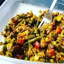 Zielona soczewica i ryż brą...
