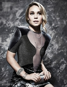 Leah Pipes ♥