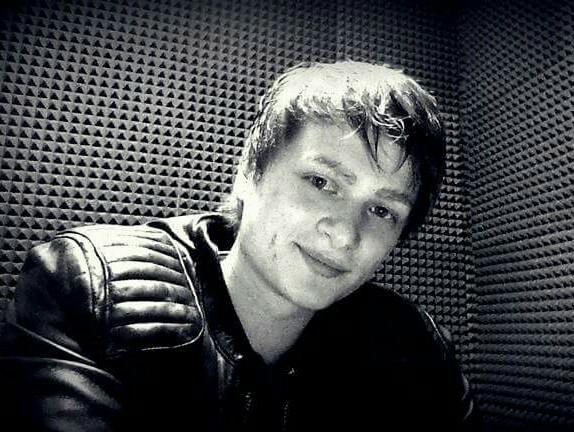 LOWERPAT czyli Patryk Kwiatkowski (ur. 28 marca 1992 w Jaworznie) – polski piosenkarz , kompozytor, aranżer i autor tekstów. Komponuje muzykę elektroniczną, progresywny house i euro Trance. Zajrzyjcie na YouTube i soundclud