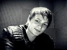 LOWERPAT czyli Patryk Kwiatkowski (ur. 28 marca 1992 w Jaworznie) – polski piosenkarz , kompozytor, aranżer i autor tekstów. Komponuje muzykę elektroniczną, progresywny house i...