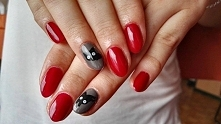 paznokcie hybrydowe; red and gray nails; #semilac : 071-Deep Red, 106-Wet Mar...