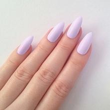 Na tym przykładzie również widać, że za sprawą migdałków nasze paznokcie wydają się dłuższe i piękniejsze. ♥ ♥ ♥