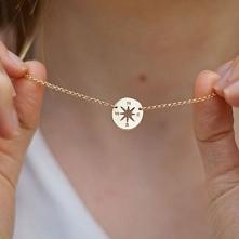 Srebrny 925 naszyjnik w kształcie Compassu od Filigree.pl Wskaże Ci drogę do tego, czego pragniesz najbardziej na świecie.