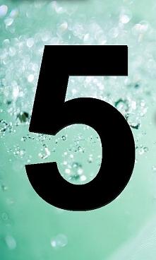 Życie każdego z nas podzielone jest na dziewięcioletnie cykle. Każdy rok ma inne znaczenie. Jeśli chcesz wiedzieć jakie, to zapraszam na mojego bloga. Jak wygląda formuła numero...