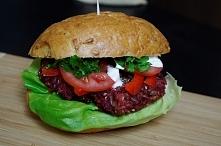 Burger buraczany- wegetariański pomysł na obiad