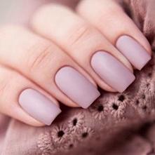 uwielbiam takie matowe paznokcie