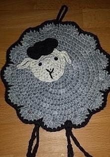 A oto moja owieczka. Służy ...
