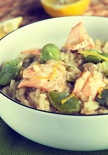 Cytrynowe risotto z łososiem i bobem