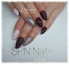 Fioletki ze srebrem   Nails by Monika, Studio Magnetic Nails, SPN Nails Team