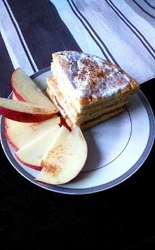 Omletowy torcik na śniadanie :)