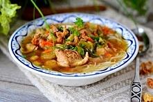Zupa a'la rosołek po azjatycku! Moja ulubiona zupa. Jest obłędnie smaczna i zdrowa ! Bez glutenu ! Przepis po kliknięciu w zdjęcie :) Polecam...