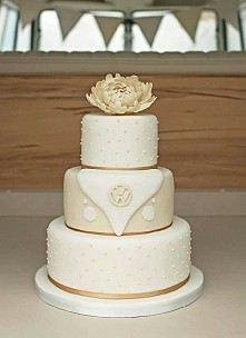 Perfect wedding cake