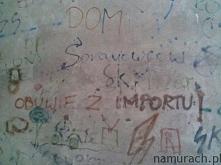 Obuwie z importu - graffiti Wrocław