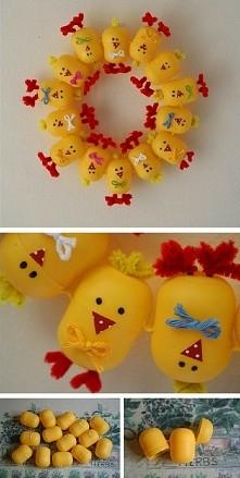 Ozdoba Wielkanocna z pustych opakowan po Kinder niespodziankach :)