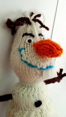 Olaf wykonany na drutach. P...