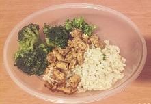 lunchbox: brązowy ryż z kur...