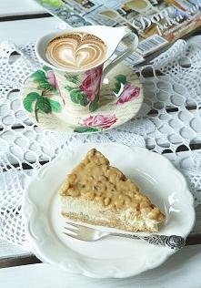 ...coś słodkiego...sernik i kawusia...