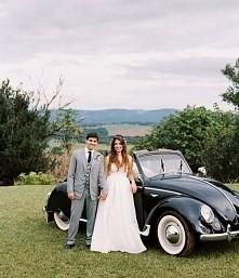 Co powiecie o takim samochodzie ktory zaiwiezie was do ślubu? Dla mnie idealn...