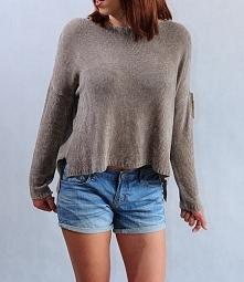 Cienki, asymeryczny sweterek oversize