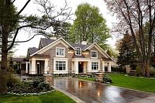 Amerykański dom przy Brentwood 64, Oakville to 2 z TOP 3 najpopularniejszych domów amerykańskich u Pani Dyrektor - zapraszam do pooglądania zdjęć zewnętrza i wnętrza tego niezwy...