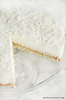 Kokosowa chmurka to delikatne, mocno kokosowo - migdałowe ciasto, przepis po ...